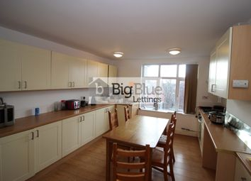 Thumbnail 5 bed flat to rent in Hyde Terrace, Hyde Park, Five Bed, Leeds