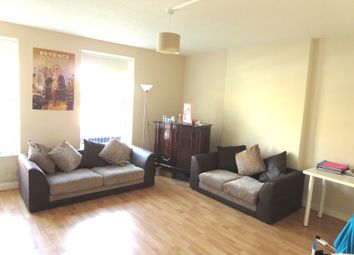 Thumbnail 3 bedroom flat to rent in Hazellville Road, London