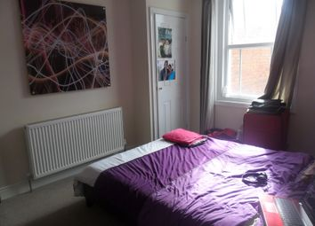 Thumbnail 1 bedroom semi-detached house to rent in Oxford Road, Reading