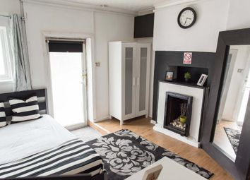 Thumbnail Studio to rent in Villiers Rd, London