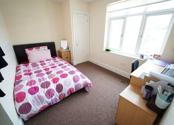 Thumbnail 5 bedroom terraced house to rent in Beeston Road, Dunkirk, Nottingham