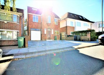 Thumbnail 6 bed property to rent in Green Walk, Hendon