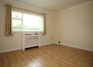Thumbnail Studio to rent in September Way, Stanmore