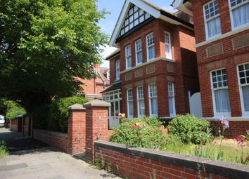 Thumbnail 8 bed detached house to rent in Vallance Gardens, Hove