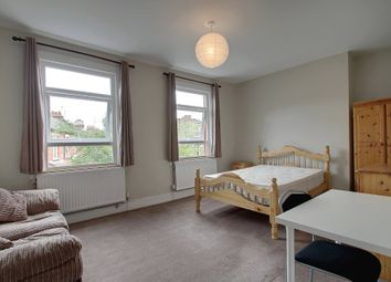 3 bed maisonette to rent in Lidyard Road, London N19