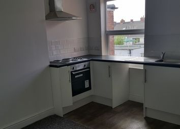 Thumbnail 2 bed flat to rent in Top Flat 29, Sherwood Street, Annesley Woodhouse
