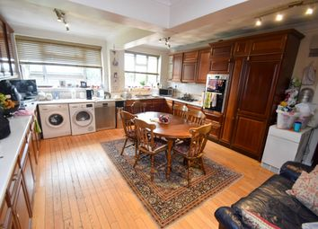 Thumbnail Room to rent in Belgrave Gardens, Enfield