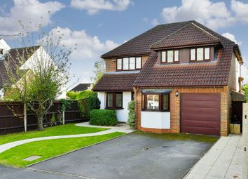 Thumbnail 4 bed detached house to rent in The Chase, Coulsdon