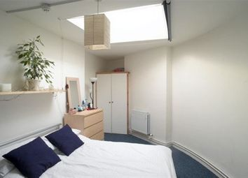 Thumbnail 6 bed flat to rent in Queens Road, Clifton, Bristol