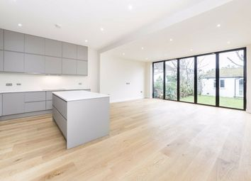 Thumbnail 5 bed property to rent in Kings Avenue, London
