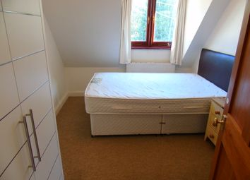 Thumbnail Room to rent in Sparkford Road, Winchester