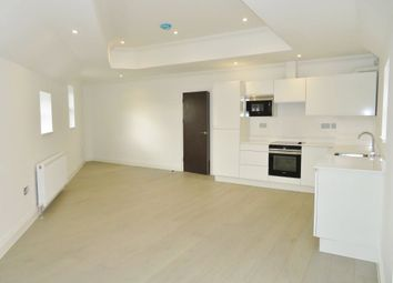 Thumbnail 1 bed flat to rent in Whitehall Road, Woodford Green