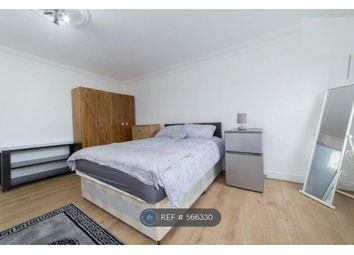 Room to rent in Commercial Road, London E14