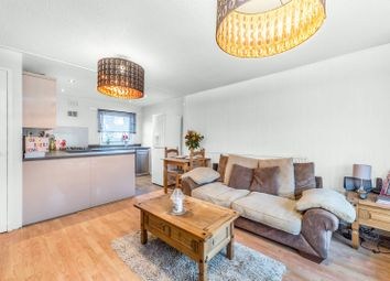 Thumbnail 1 bed flat for sale in Bredgar Road, Archway