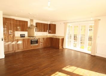 Thumbnail 2 bed flat to rent in Renwick Drive, Bromley