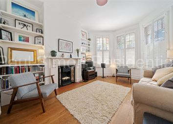 Frobisher Road, London N8. 2 bed flat for sale