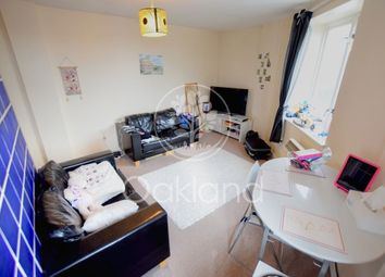 1 bed flat to rent in South St, Romford RM1