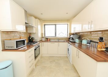 Thumbnail 2 bedroom flat for sale in Hipper Street West, Chesterfield
