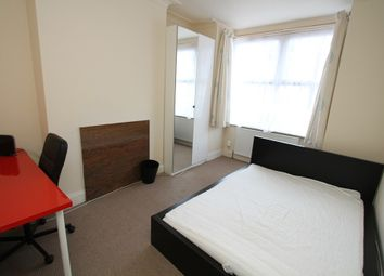 Thumbnail Room to rent in Room 1, Queensland Avenue, Earlsdon, Coventry