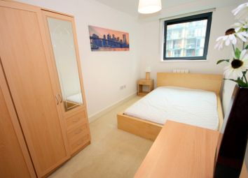 Room to rent in Milharbour, South Quays, Canary Wharf, London E14