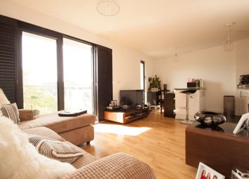 Thumbnail 1 bed flat to rent in Friern Barnet Road, New Southgate