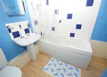 Thumbnail 2 bed flat to rent in Navigation Rise, Milnsbridge, Huddersfield