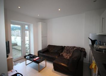 Thumbnail 2 bed flat to rent in Buckingham Close, Bath Street, Brighton