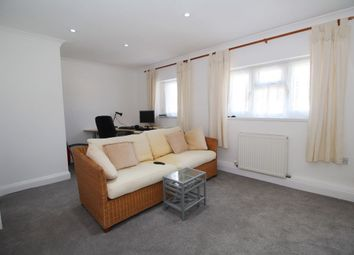 Thumbnail 1 bedroom flat to rent in Narrow Way, Bromley