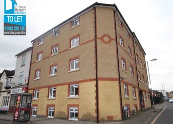 Thumbnail Studio to rent in Park Street, Park Street Luton