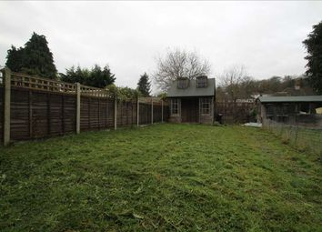 Thumbnail 2 bed flat to rent in Brighton Road, Hooley, Coulsdon