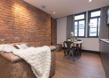1 bed flat to rent in Portland Street, Manchester M1