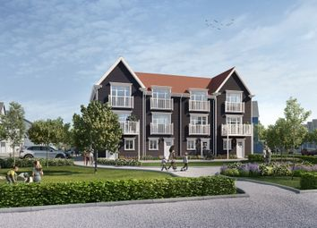 Thumbnail 4 bed town house for sale in Longwater Avenue, Green Park, Reading