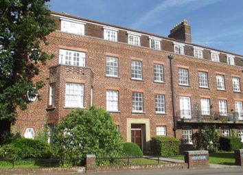 2 bed flat to rent in Devonshire Road, Southampton SO15