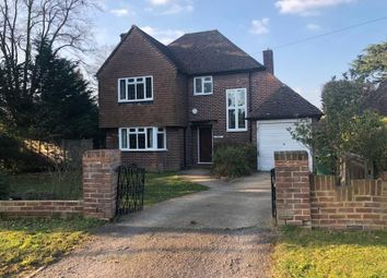 Thumbnail 3 bed detached house to rent in Boyn Hill Avenue, Maidenhead