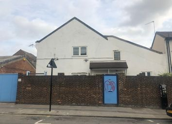Thumbnail 2 bed flat to rent in Farnley Road, Thornton Heath