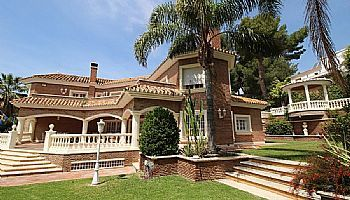 Thumbnail 5 bed villa for sale in Pinares De San Anton, Malaga, Spain