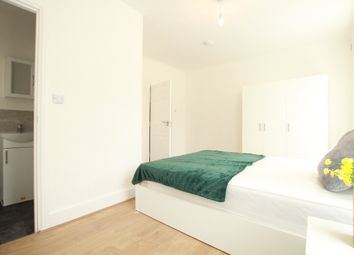 Thumbnail 5 bedroom shared accommodation to rent in Portree Street, London