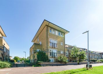 2 bed flat to rent in Longworth Avenue, Chesterton, Cambridge CB4