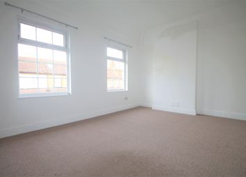 Thumbnail 2 bedroom flat to rent in Gladstone Road, Farnborough, Orpington
