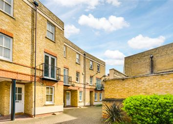 Thumbnail 4 bed property to rent in Bromells Road, London