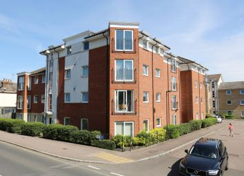 2 bed flat for sale in Mistral Court, Bakers Close, St. Albans, Hertfordshire AL1