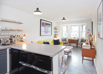 Thumbnail 1 bedroom flat for sale in Kings Court, Bessborough Road, Putney, London
