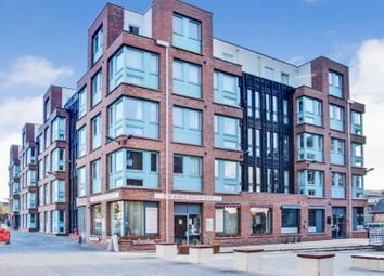 2 bed flat for sale in The Docks, Gloucester GL1