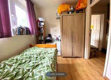 Thumbnail Room to rent in Newlands, London