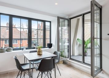 The Stables, Dukes Mews, Muswell Hill, London N10. 1 bed flat for sale