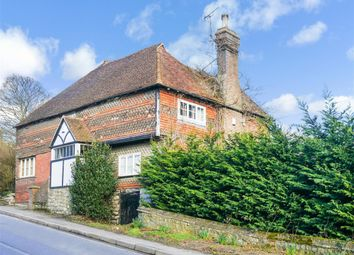 Thumbnail 5 bed detached house to rent in Sutton Valence Hill, Sutton Valence, Maidstone
