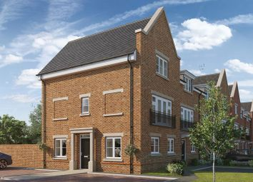 Thumbnail 4 bed flat for sale in Queens Acre, Wokingham
