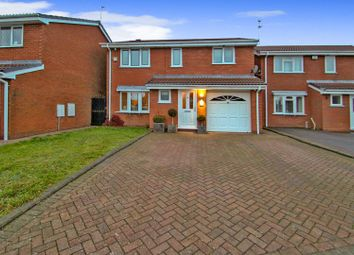 4 bed detached house for sale in Larchmere Drive, Essington, Wolverhampton WV11