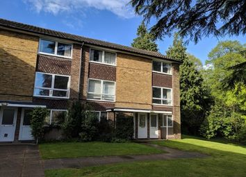 Thumbnail 2 bed maisonette to rent in Cotswold Court, Horsham