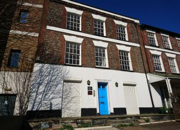 Thumbnail 3 bedroom flat for sale in Town Centre, High Wycombe, Buckinghamshire
